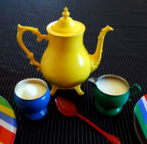 Beauty 2 Colorific Tea Set